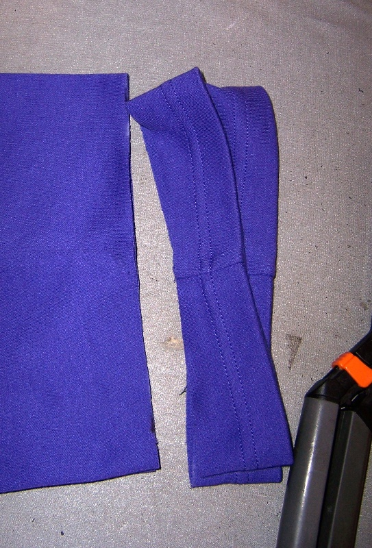 measuring hem with marked ruler4
