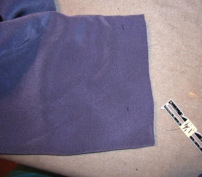 Lined Sleeve Hem 01