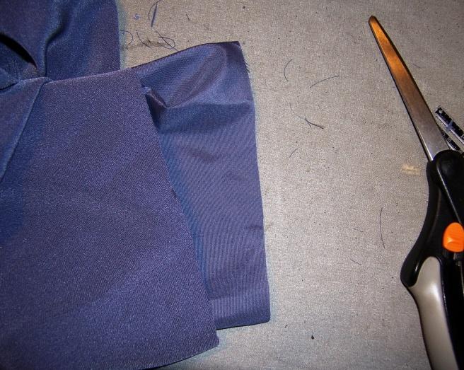 Lined Sleeve Hem 05
